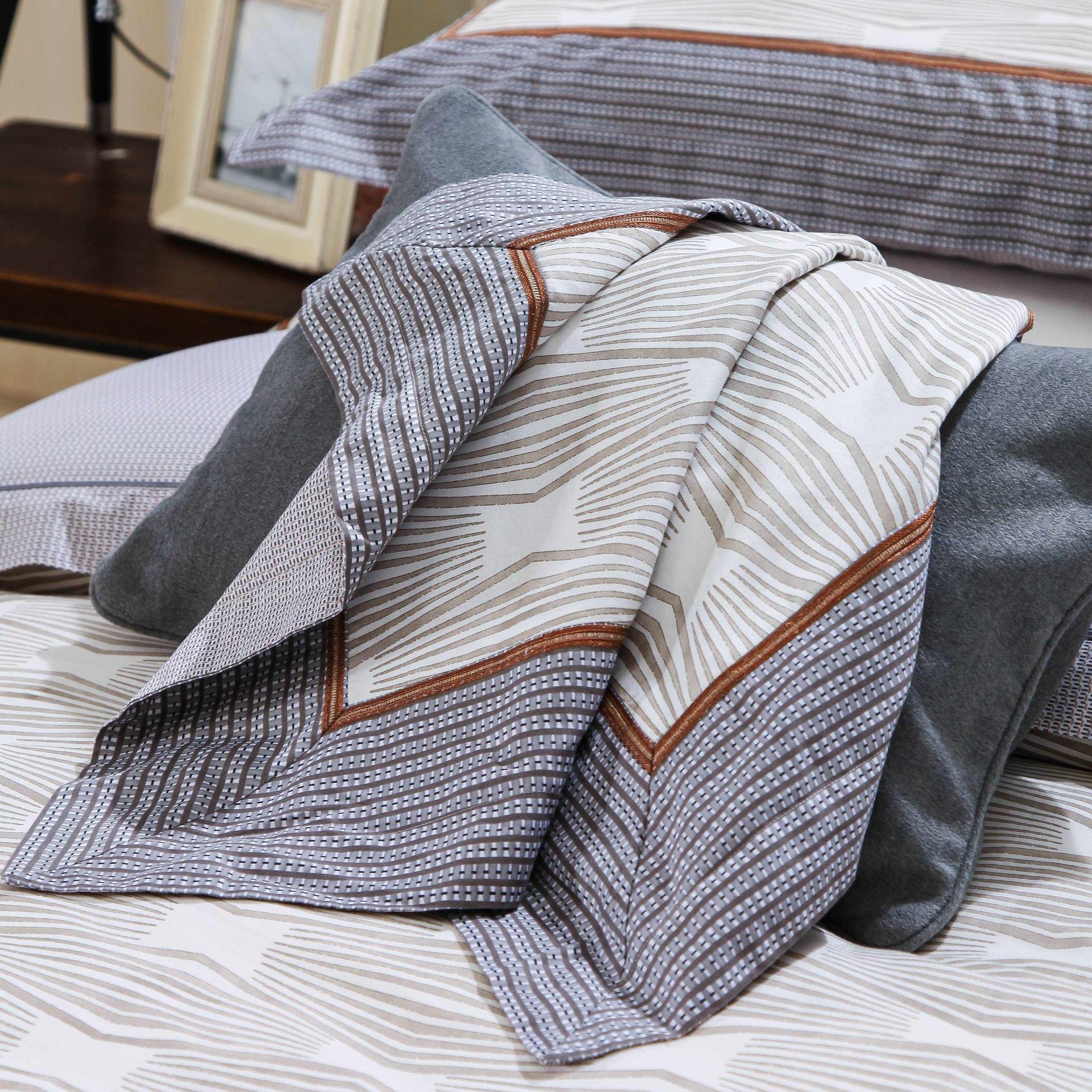 Daphne Stylish Cotton Bedding Set 6879